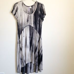 Alya Short Sleeve Tie Dye High Low Hem Dress